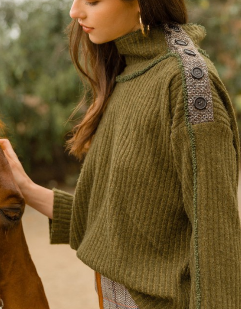 FRONT PAGE SWEATER