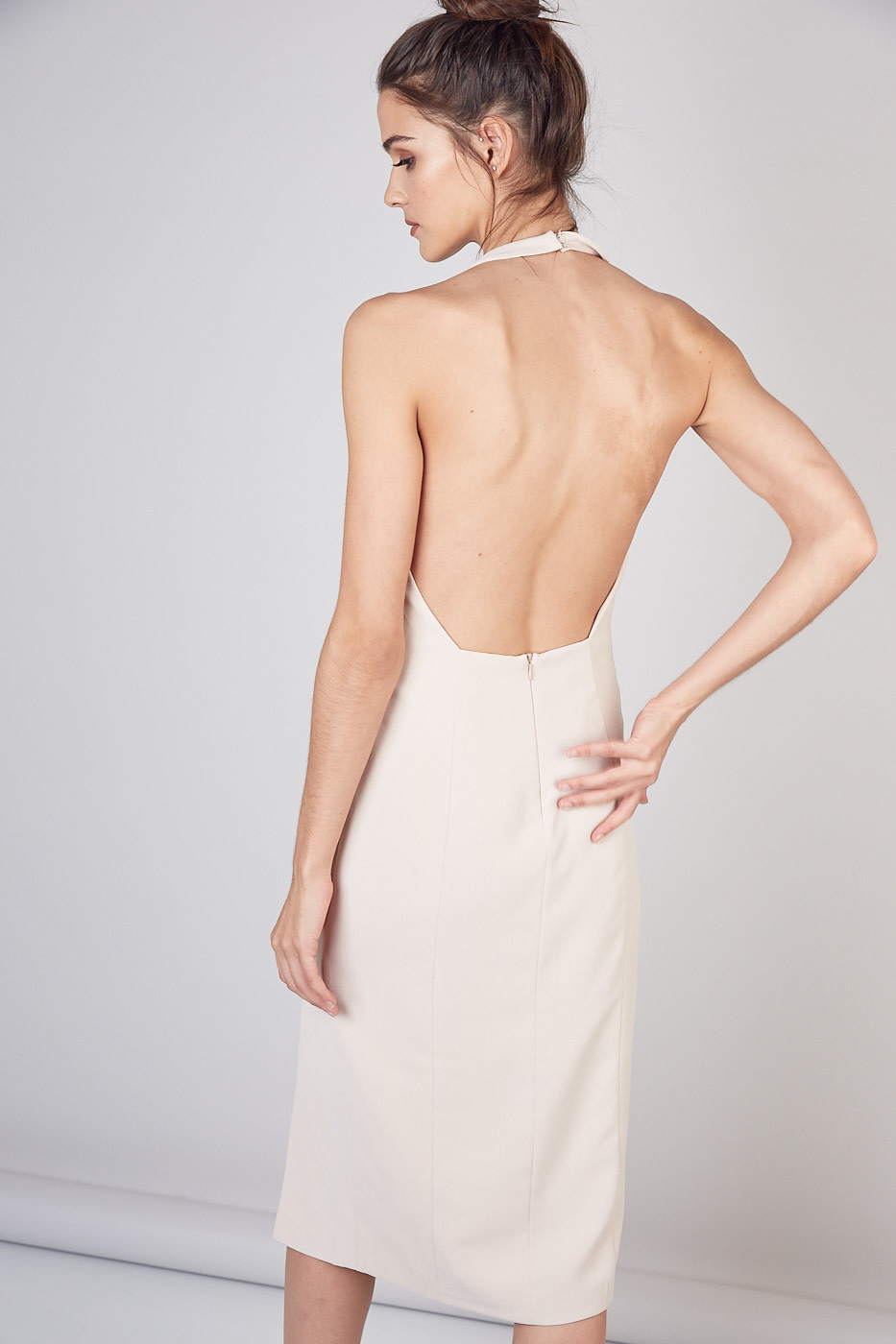 Atikshop Deep V-neck Open Back Midi Dress