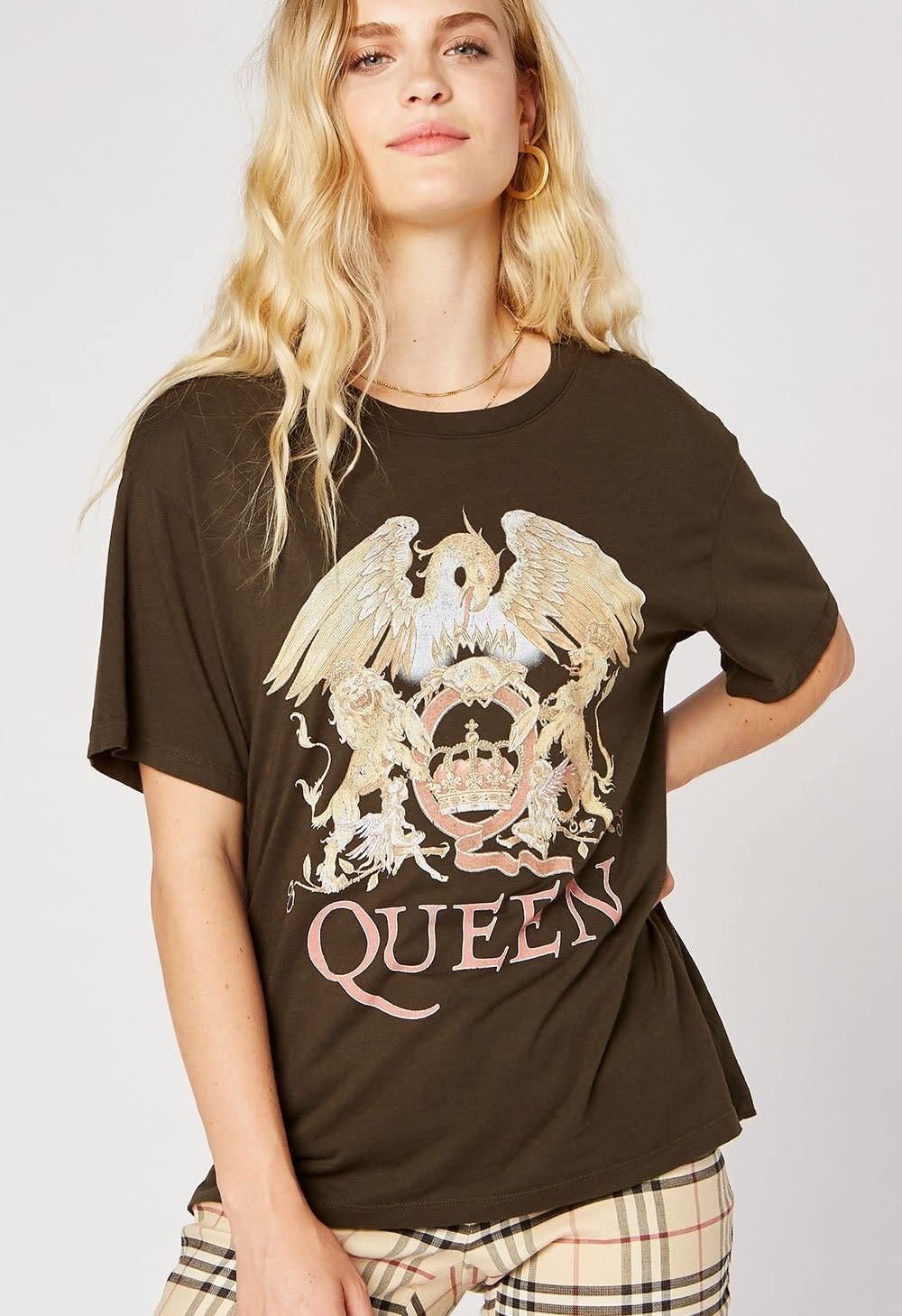 Seek The Label Queen Crest Boyfriend Tee