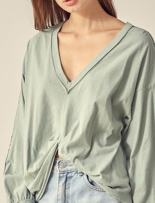 Atikshop V-Neck Knotted Sweatshirt