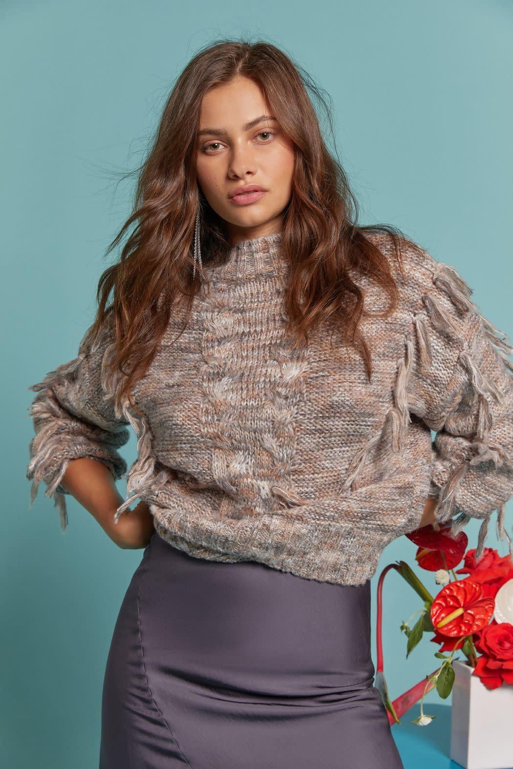 Atikshop Ombre Fringe Sweater