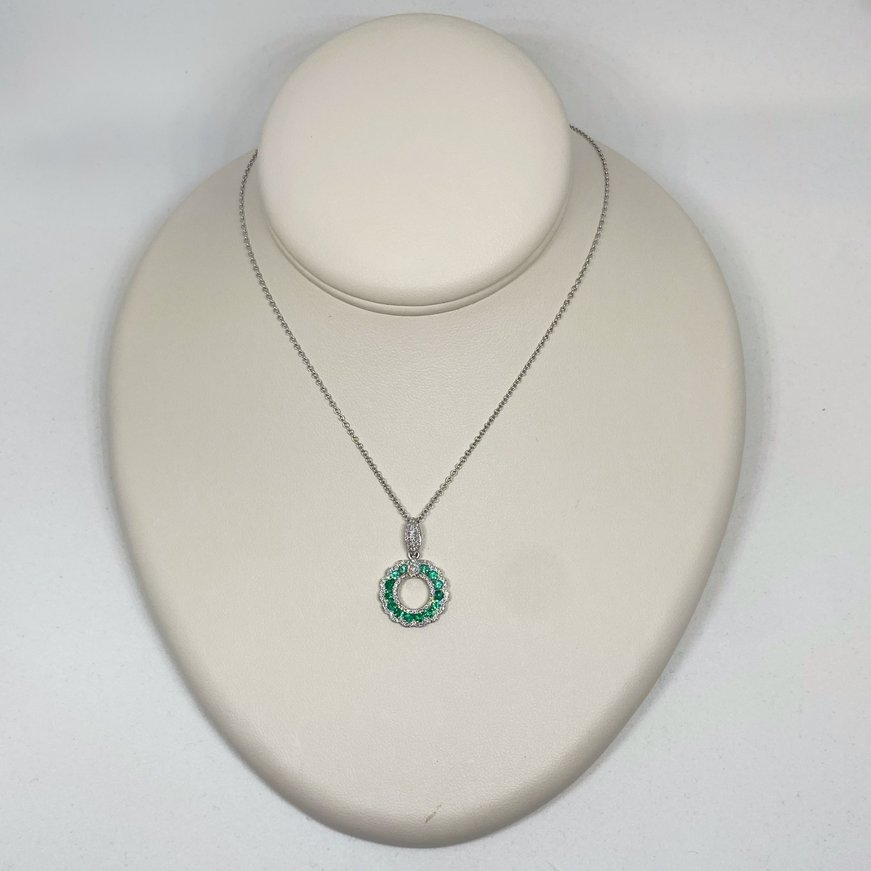B&R 14K Circle Pendant  Emerald and Diamond Necklace