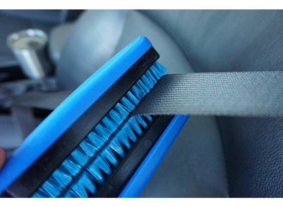 BluGator Seatbelt Brush