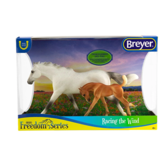 Breyer Racing the Wind W62208