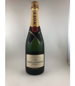 Pinot Noir/Chardonnay Champagne, Moet Chandon, Imperial Brut, NV 187 ml
