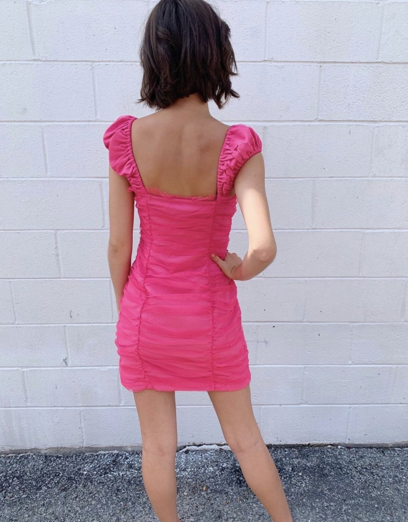 Sweetheart neckline ruched dress