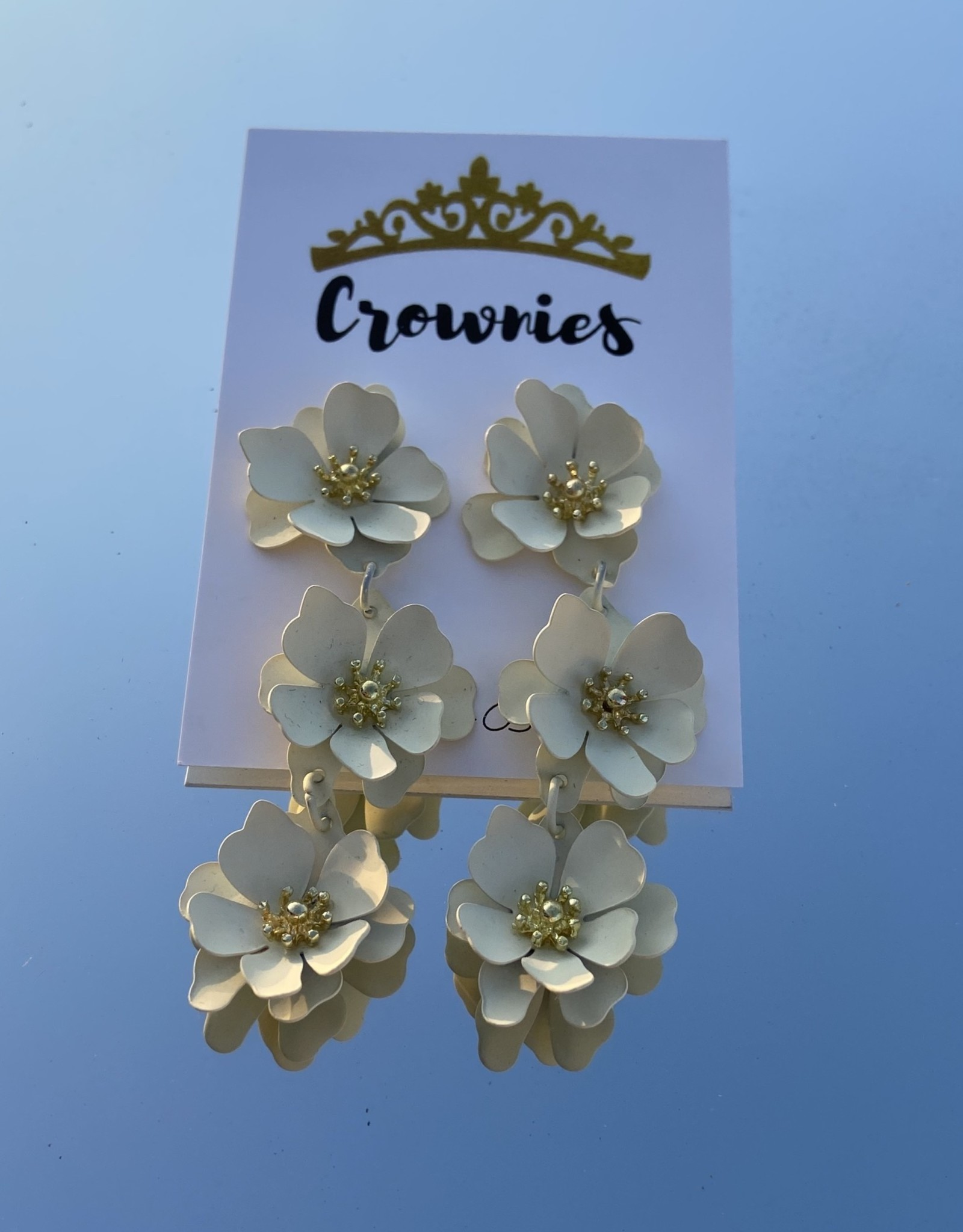 White Stacked Flower Earrings