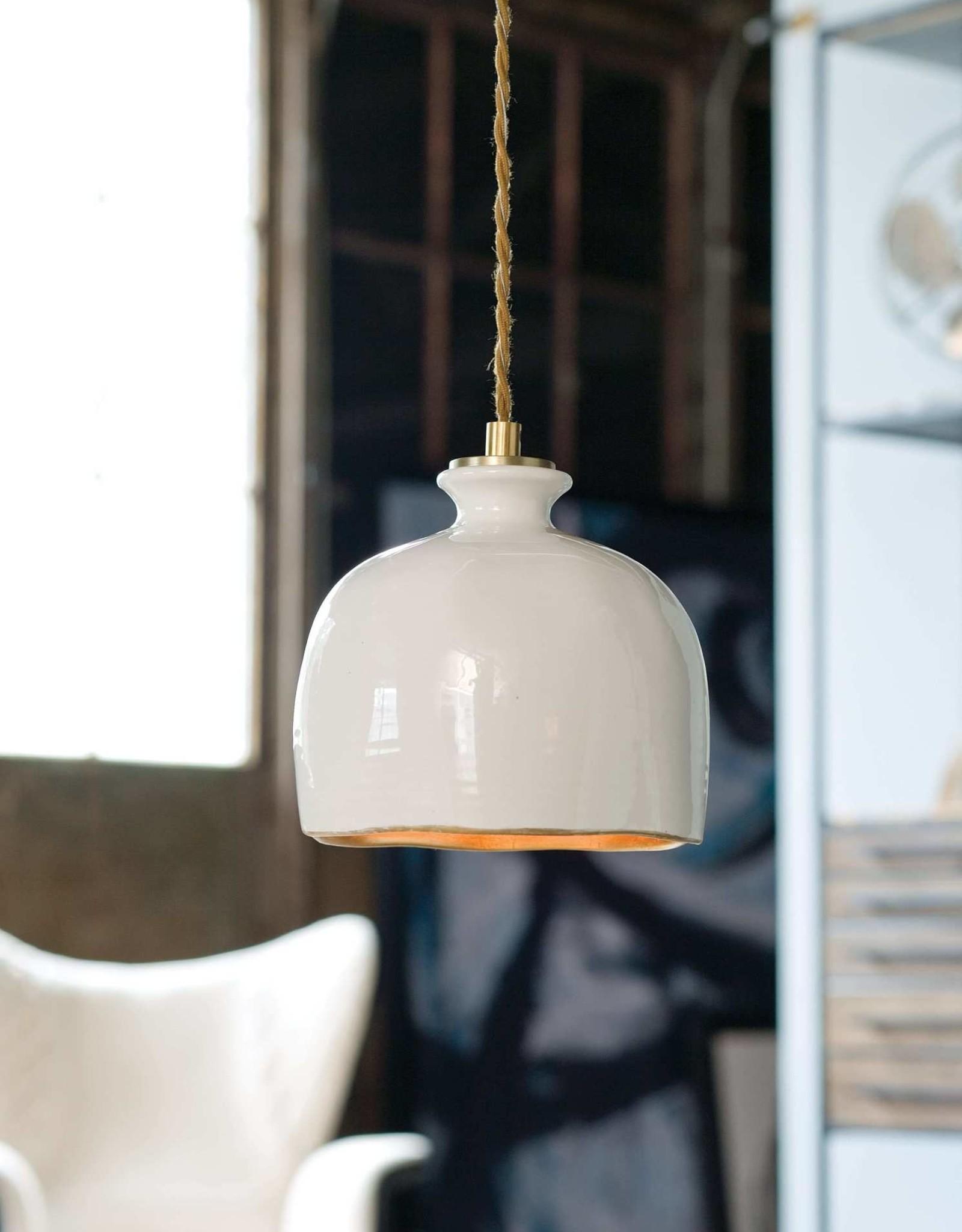 Regina Andrew Design Bianca Ceramic Pendant (Gloss White & Gold)