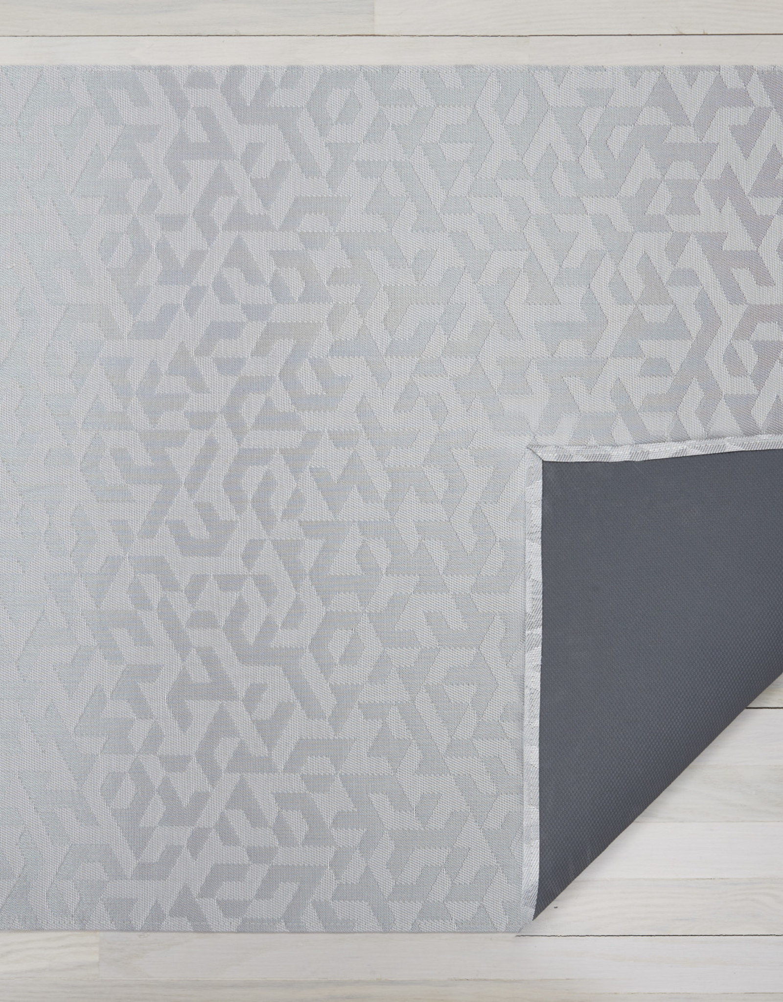 Chilewich Prism Floormat 26 x 72, SILVER