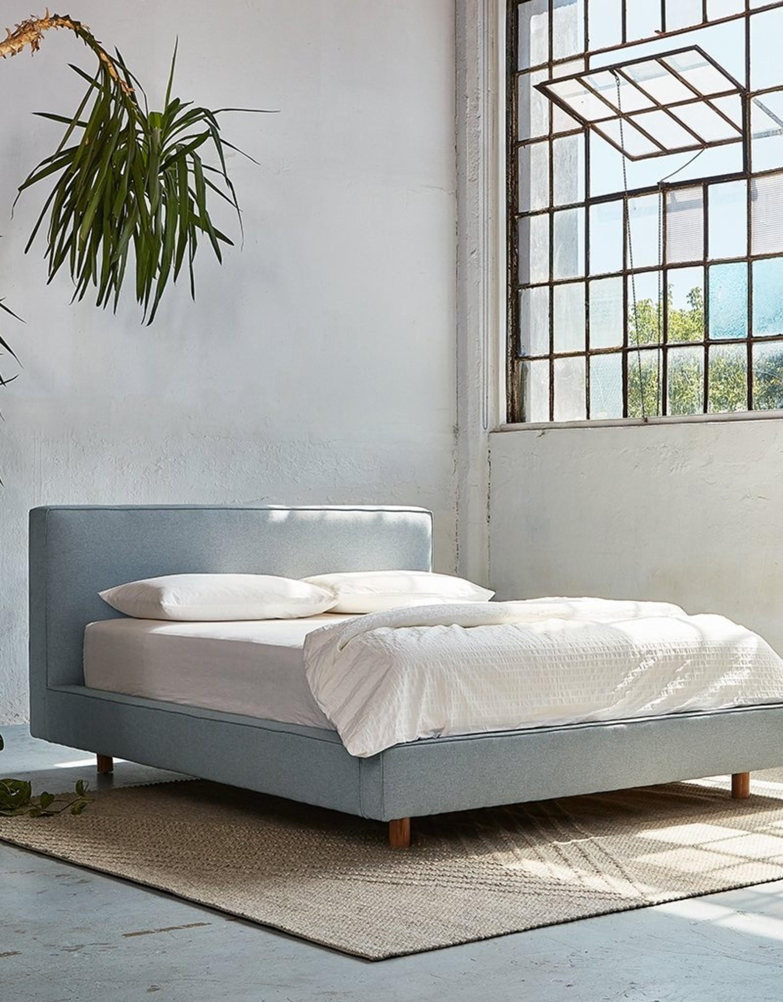 Gus* Modern Parcel Bed