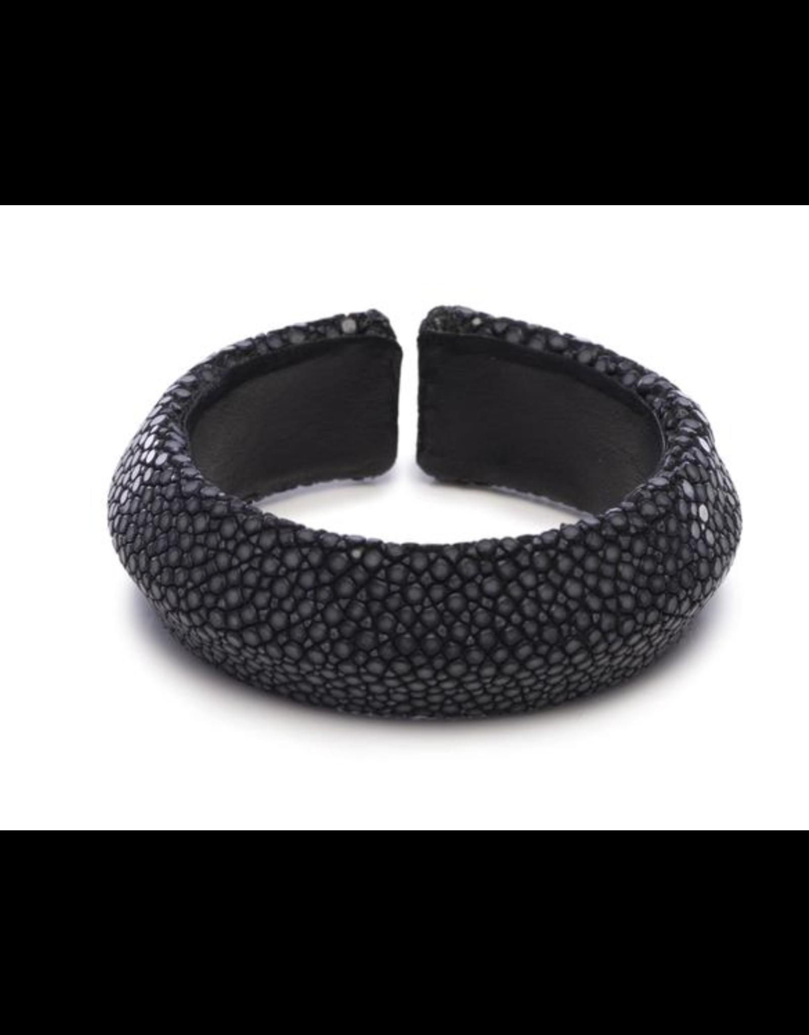 Black Shagreen Solid Cuff