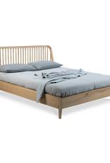 Spindle Bed w/ Slats