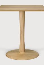 Oak Torsion dining table - square - Varnished