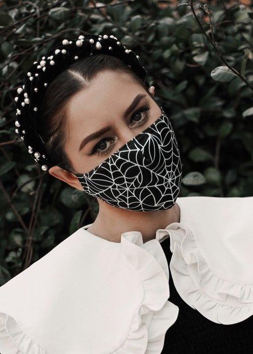 sourpuss Masque Spiderweb