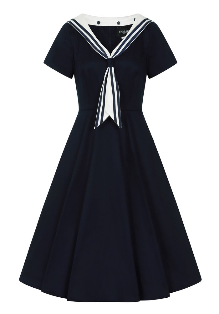 Robe Nene Sailor