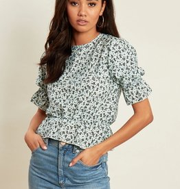 Influence ditsy print peplum hem shell top with puff sleeves
