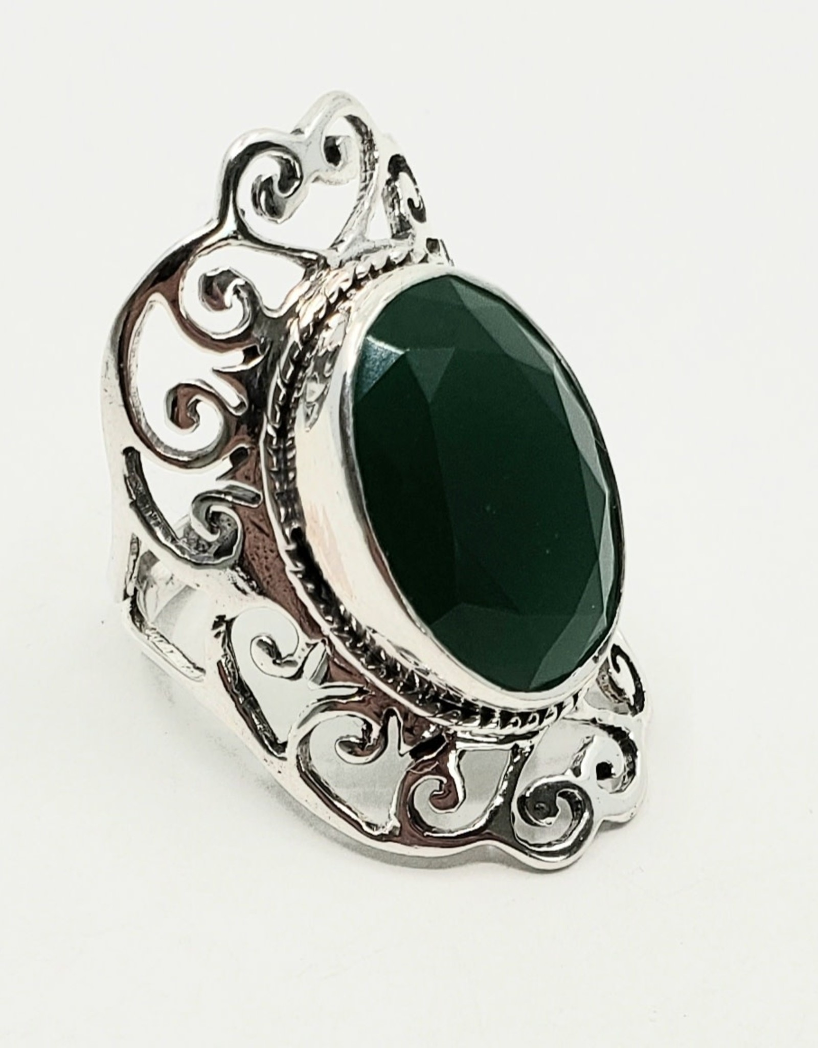 emerald ring size 7.5