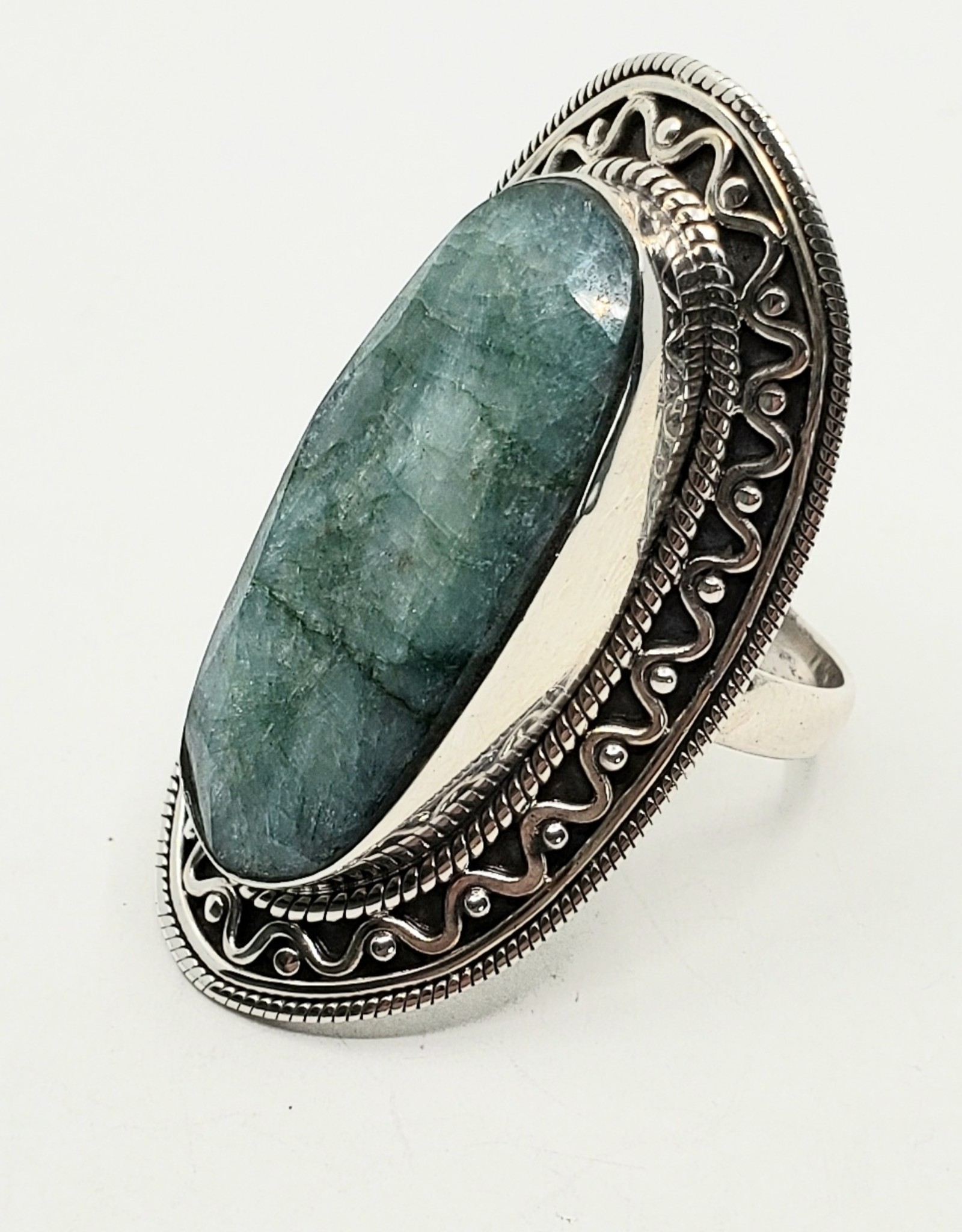 emerald ring size 9.5