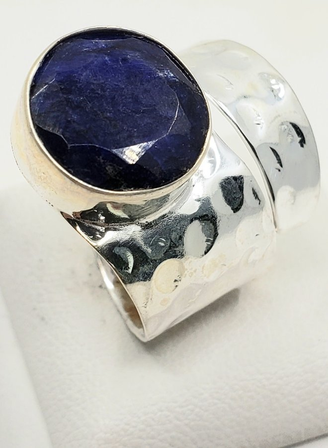 sapphire ring adjustable