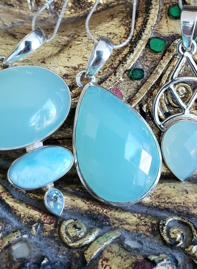 chalcedony and larimar pendant
