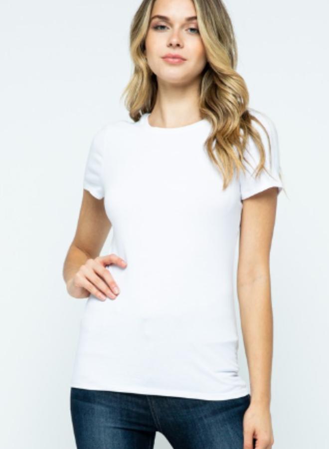 scoop neck t-shirts