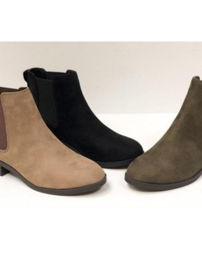 flat booties