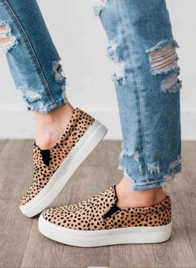 leopard tennis shoe