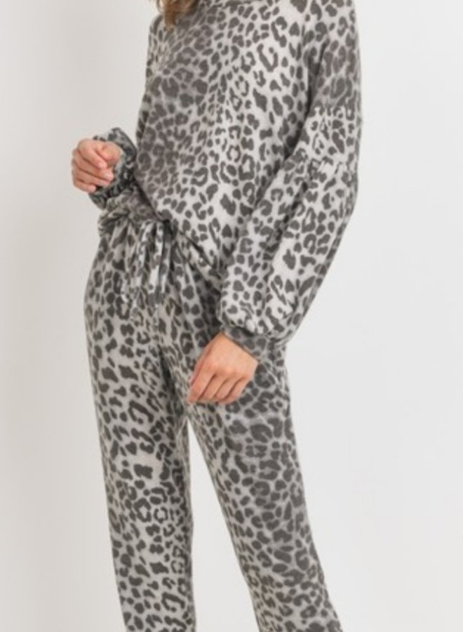 jogger pants grey leopard