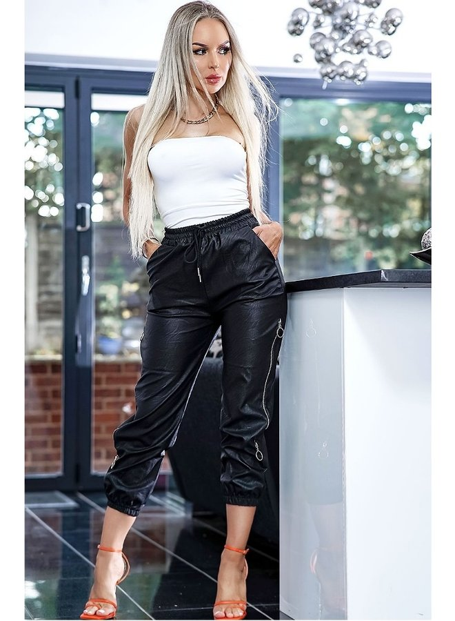 zip leatherette trousers