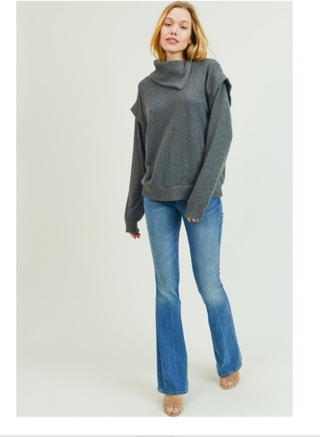 zipper accent sweater