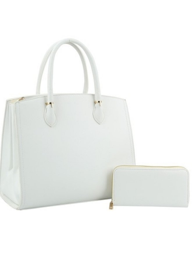 white purse with matching wallet