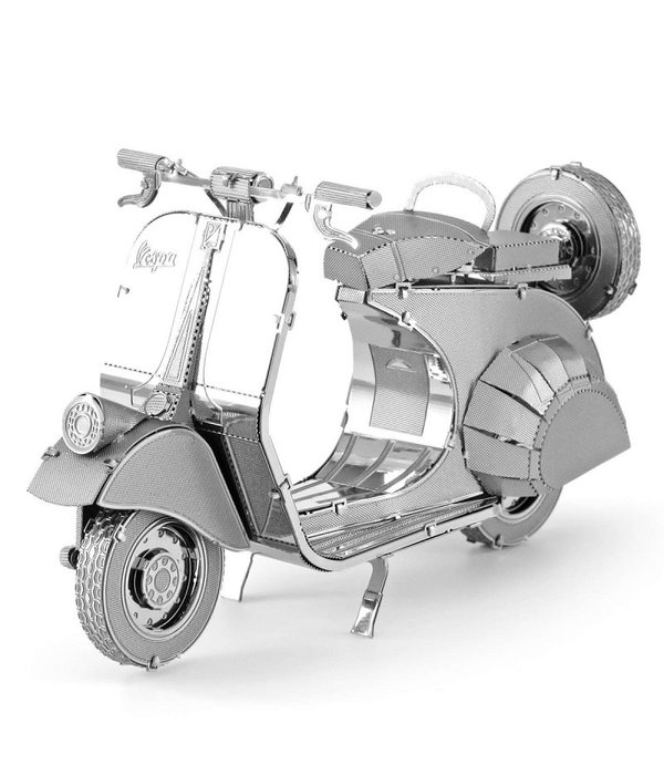 Vespa 125 Metal Model Kit