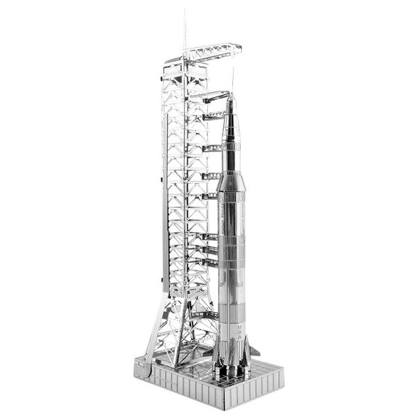 Apollo Saturn V with Gantry Metal Model Kit