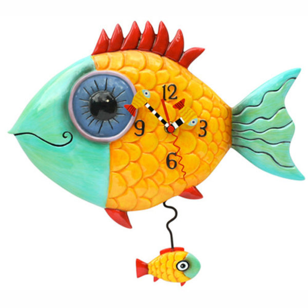 Wide Eye Fish Clock