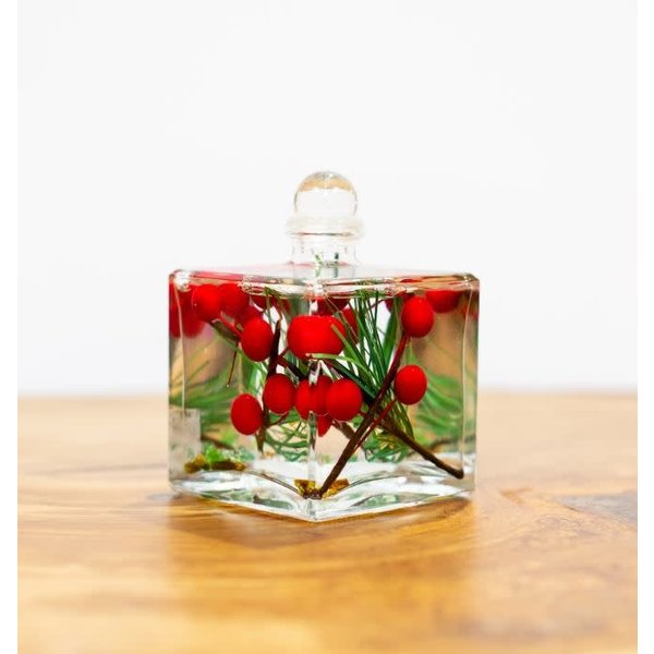 Oil Candle Boxed Red Berry