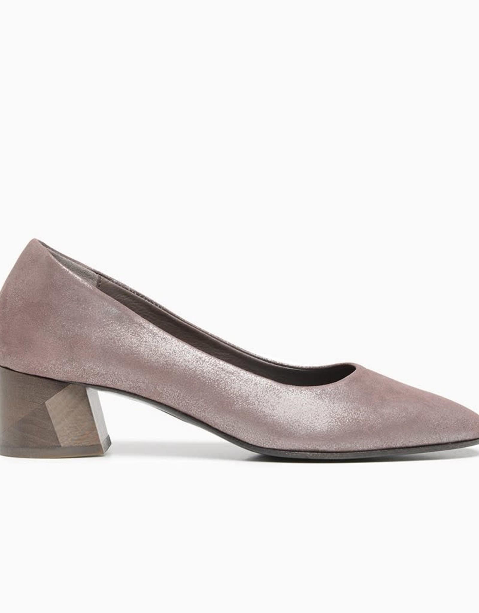 COCLICO - The Emo Heel