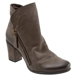 BUENO -Yountville Ankle Boot