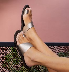 BEEK - Finch Toe Ring Sandal