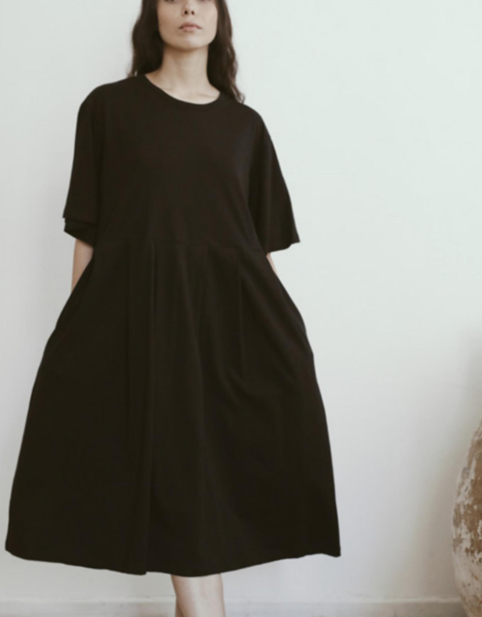 AMMA - Easy Shift Dress