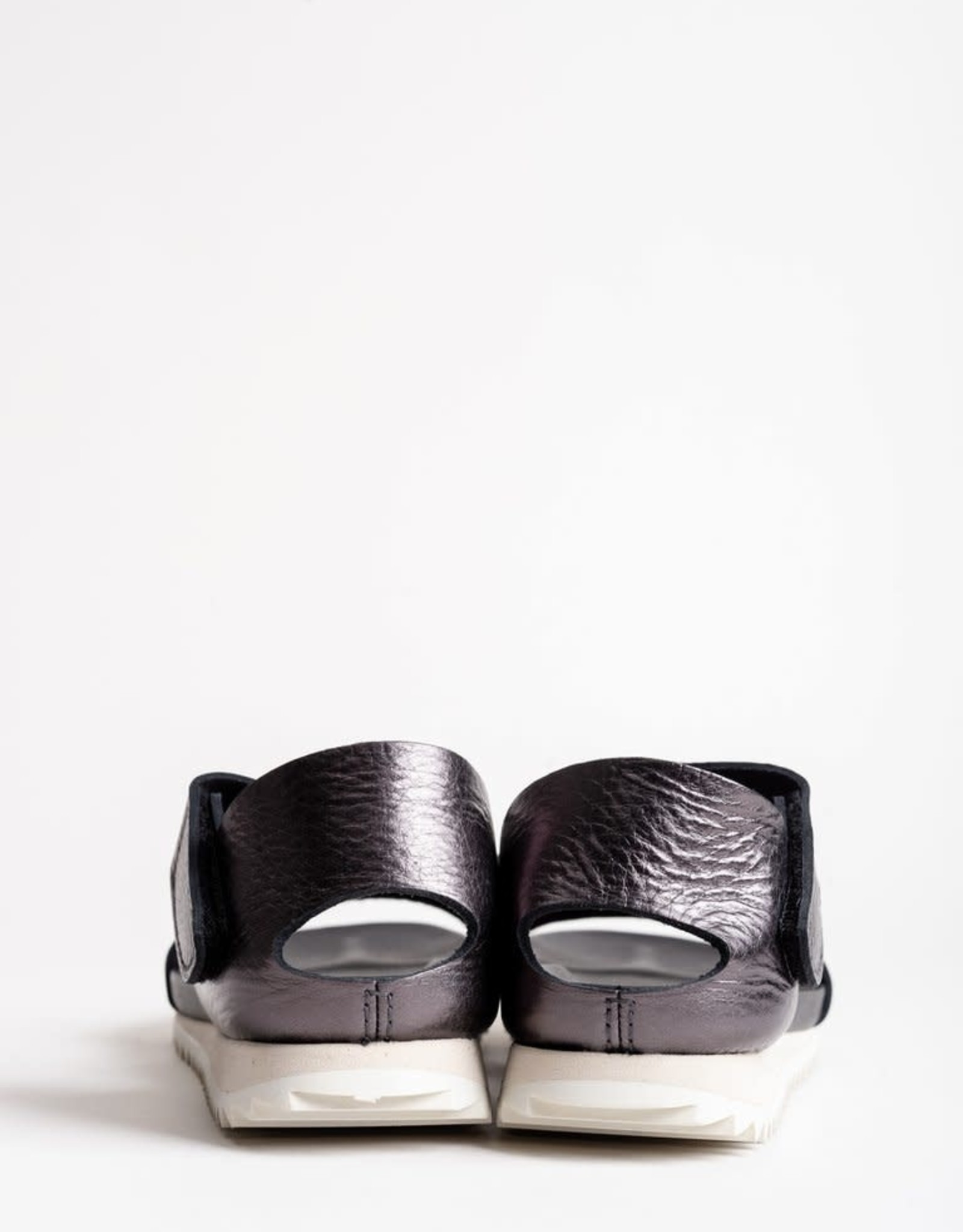 PEDRO GARCIA - Jedda Sandal