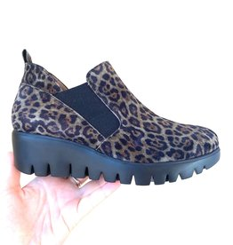 WONDERS - Leopard Wedge Boot