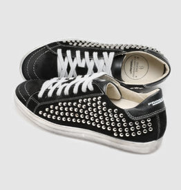 PRIMABASE - Studs Sneakers