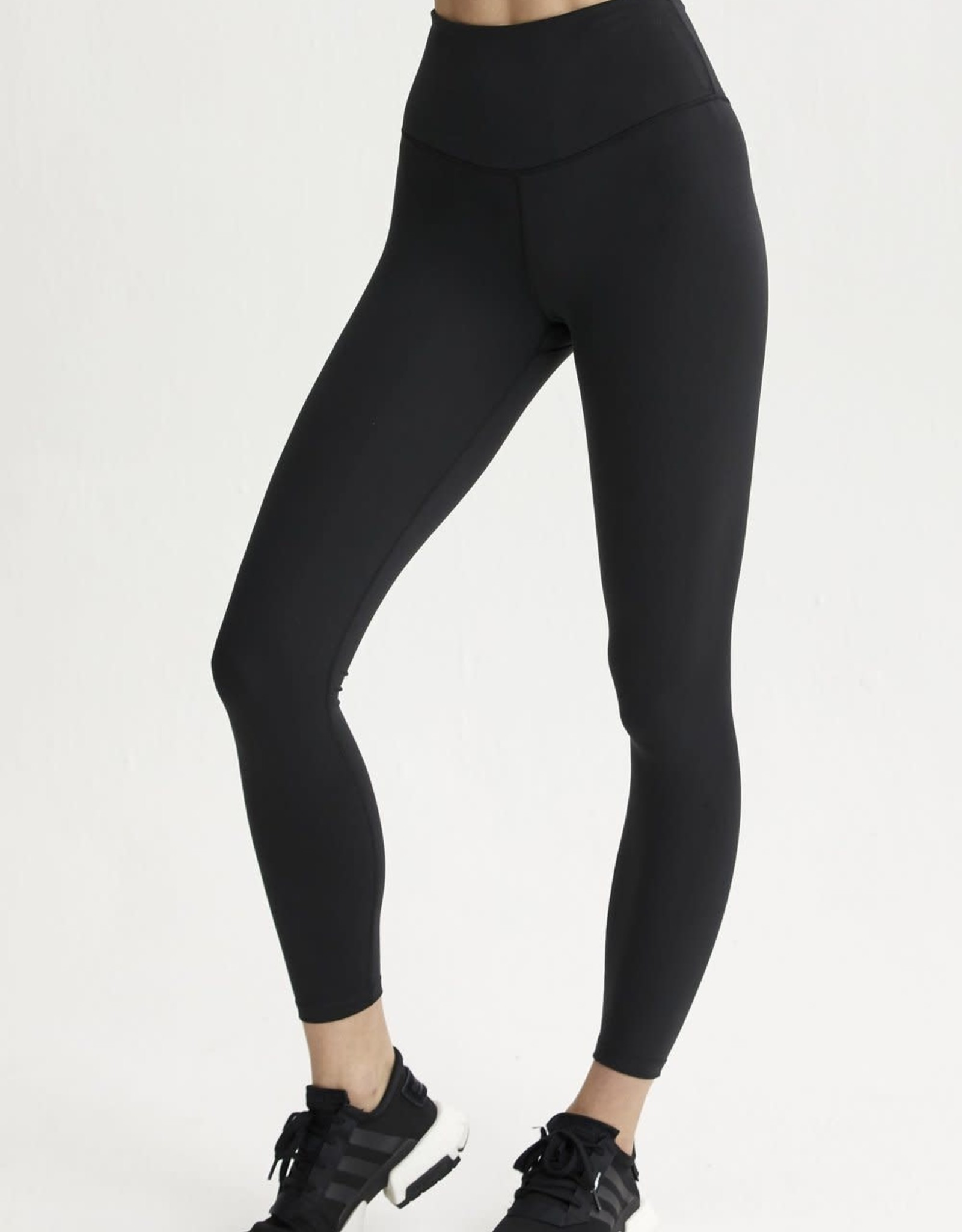 VARLEY - Blackburn Legging