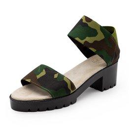 CHARLESTON SHOE CO. Monterey Camo Sandal