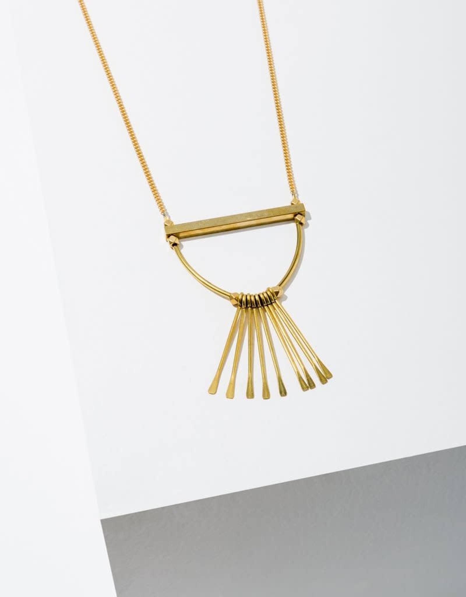 NECKLACE OMARI WITH DANGLE SPIKES BRASS