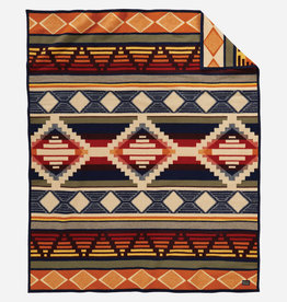 PENDLETON Cedar Mountain Jacquard Wool Robe Blanket