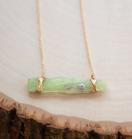 CRYSTAL & GOLD Green Kyanite Bar Necklace