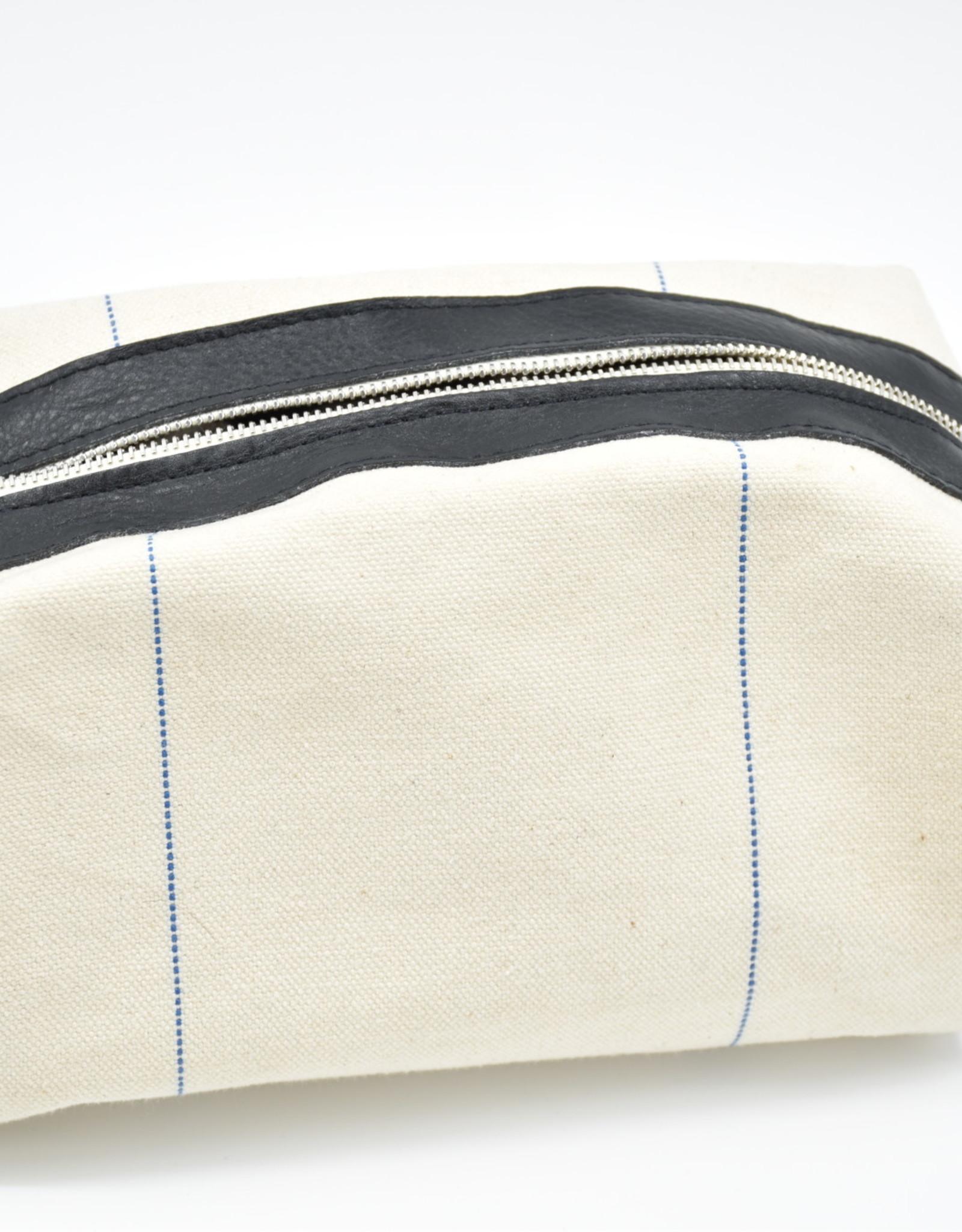 FLEABAGS Canvas & Leather Dopp Kit