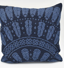 "CLASSIC HOME Throw Pillow - 18"" x 18"""