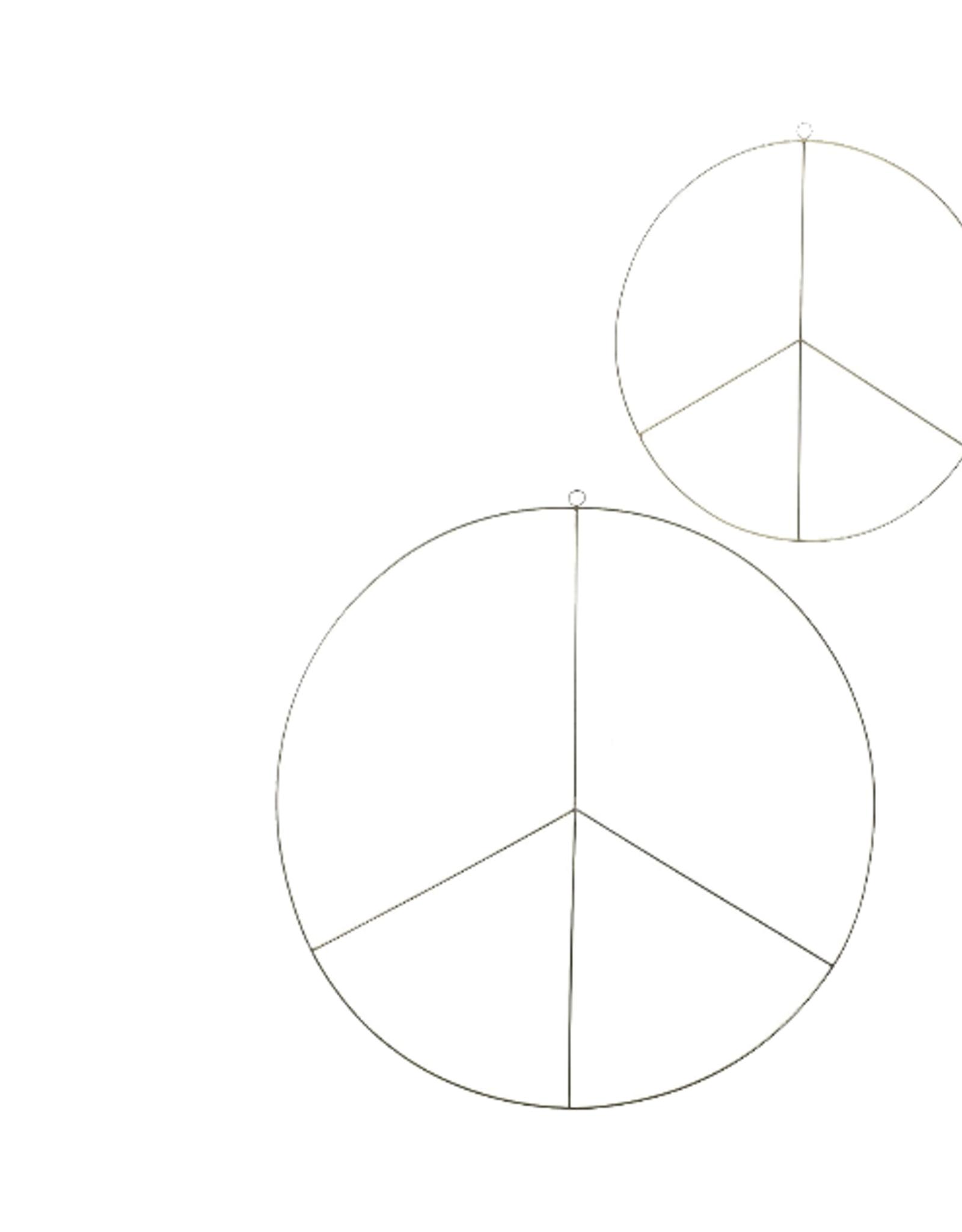 WREATH BRASS PEACE SIGN